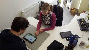 Anwendung von Tablets in der Logopädie im LogoZentrum Lindlar